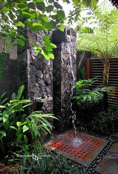 30-tropical-outdoor-showers-26