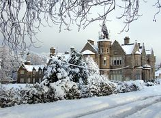 Snow on Baronial Victorian country house built 1875 and designed by architect John Chesser, Edinburgh – photo by kaysgeog Winter Szenen, I Love Winter, Winter Christmas, Winter Light, Winter House, Winter Palace, Winter Travel, Christmas Photos, Winter White