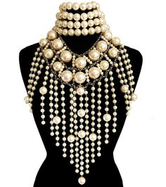 Cream Pearl and Gold 2 Piece Necklace Set Layered Pearl Necklace, Pearl Necklace Set, Pearl Choker, Queen Fashion, Pearl Cream, Types Of Fashion Styles, Beaded Jewelry, Jewellery, Beautiful Necklaces