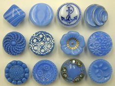 """12 x ½"""" (13mm) Vintage Blue/White Glass Buttons"""