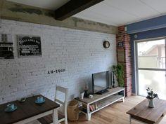 【ニューヨーク発!】これから来るニューヨークスタイルのブルックリンスタイルのインテリア事例 | SCRAP - Part 2 Interior Architecture, Interior And Exterior, Brooklyn Style, Cafe Bar, Corner Desk, Loft, Indoor, Vintage, House Styles