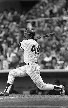 Mr October Reggie Jackson 3 home runs in a world series game against the dodgers. Best Baseball Player, Sports Baseball, Basketball Socks, Baseball Cards, New York Yankees Baseball, Yankees Fan, Reggie Jackson, Mlb Teams, Sports Stars