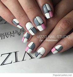 Wonderful plaid manicure style is part of Acrylic nails Art Colorful - Popular Ladies Stylish Nails, Trendy Nails, Cute Nails, Plaid Nail Art, Plaid Nails, Hair And Nails, My Nails, Geometric Nail Art, Geometric Drawing