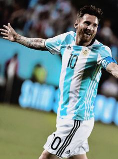 Lionel Messi scores hat-trick for Argentina in Copa America against Panama. Messi Y Neymar, Messi 10, Messi Argentina, Leonel Messi, Old Boys, Ronaldo, Premier League, Rugby, Lionel Messi Family