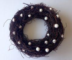 Een persoonlijke favoriet uit mijn Etsy shop https://www.etsy.com/listing/251580169/felt-acorn-wreath-christmas-door-wreath