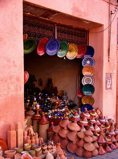 moroccan pottery and tagines