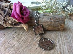 Metalen ketting met houten hanger van Expressingbeauty op Etsy