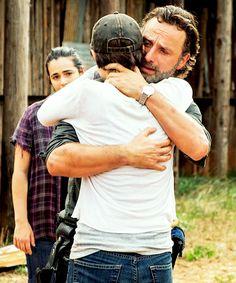 "Tara, Maggie & Rick reunite; S7 ""Hearts Still Beating"""