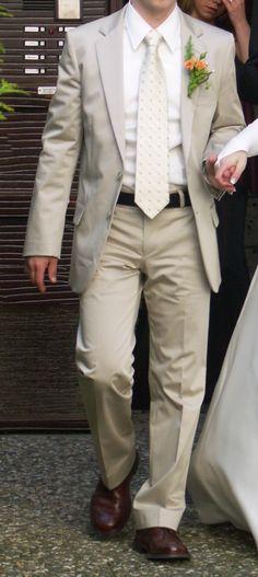 ♥ HUGO BOSS Gr. 44 ACHTINO HOLGE in creme ♥  Ansehen: http://www.brautboerse.de/brautkleid-verkaufen/hugo-boss-gr-44-achtino-holge-in-creme/   #Brautkleider #Hochzeit #Wedding