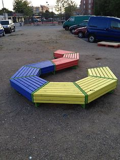 """We really like the """"DO IT YOURSELF"""" urban furniture"""