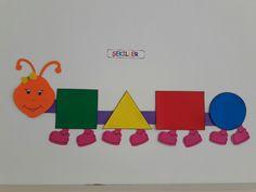 Pin By Julie On Summer Crafts School Decorations Classroom Door Preschool Classroom, Preschool Learning, Art Classroom, Preschool Activities, Teaching Kids, School Wall Decoration, School Decorations, Creative Activities For Kids, Toddler Activities
