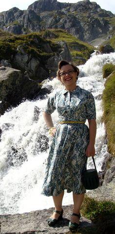 365 Vintage Days: 206. Silk day dress