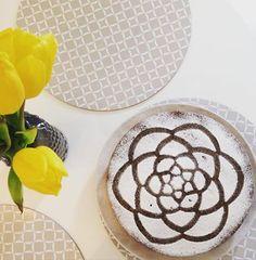 EAT TRAVEL LIVE LOVE: Makovo višňová torta s mascaropone     CESTO8 vaj... Live Love, Eat, Blog, Recipes, Travel, Hampers, Viajes, Recipies, Blogging