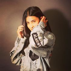 welcometogauthamcity the dusted jacket from you brand is my new fav I love it Thankyouuuuuuuu everyone go check out the page now dustofgods Bollywood Cinema, Bollywood Photos, Bollywood Actors, Sonam Kapoor, Deepika Padukone, Most Beautiful Indian Actress, Beautiful Actresses, Beautiful Ladies, Chappals For Womens