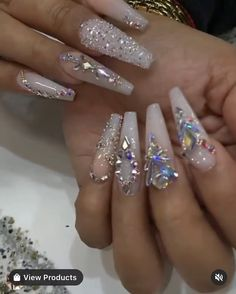 Nail Designs Bling, Diamond Nail Designs, Nails Design With Rhinestones, Diamond Nails, Bling Acrylic Nails, White Acrylic Nails, Best Acrylic Nails, Bling Nail Art, Swarovski Nails