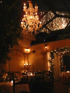 Il Cielo - The patio on a summer night is considered one of the most romantic places in Los Angeles. (AND...It's Italian Food!!!)