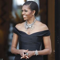 Love the necklace by Irish designer Tom Binns that First Lady Michelle Obama wore at dinner honoring the Queen. #necklace #michelleobama #obama