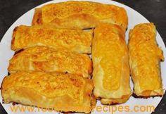 VINNIGE KAASPASTEITJIES - Food Lovers Recipes Pastry Recipes, Pie Recipes, Snack Recipes, Cooking Recipes, South African Recipes, Ethnic Recipes, Good Food, Yummy Food, Sausage Rolls