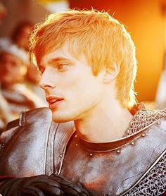 Literally the golden boy from Camelot: Bradley James from Merlin (BBC). Sherlock Quotes, Sherlock John, Watson Sherlock, Jim Moriarty, Sherlock Holmes, Chaol Westfall, We Heart It, Iron Fey, Merlin Fandom