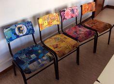Restauro de cadeiras escolares, a partir da reutilização de revistas velhas.Trabalho elaborado com os meus alunos nas aulas de Oficina de Artes na escola de São Teotónio.