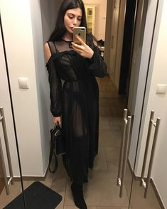 I do things info@horkruks.com Snap: lauramatuszczyk World Of Fashion, All Black, Casual, Cold Shoulder Dress, Cute Outfits, Fancy, Street Style, Style Inspiration, Womens Fashion