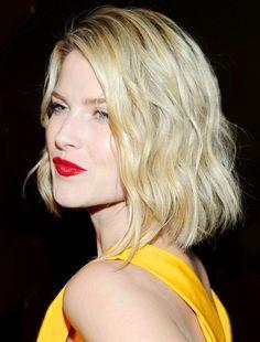 2014 Bob Haircuts - Blunt Medium Hairstyle with Blonde Hair