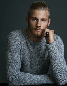 fake-nude-photos-of-alexander-ludwig