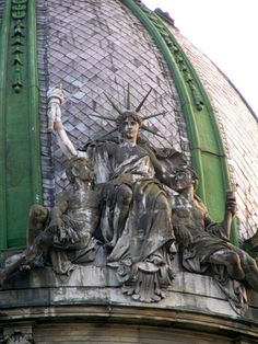 Статуя Свободи у Львові// Statue of Liberty in Lviv