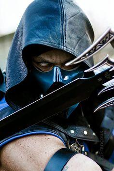 Amazing Sub Zero cosplay from Mortal Kombat. - 8 Sub Zero Cosplays