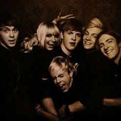 My favorite people in the whole world. Ellington Ratliff, Rydel, Ryland, Riker, Ross, and Rocky Lynch.