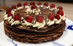 Pandekagekage med vaniljecreme, chokolademousse & cointreau