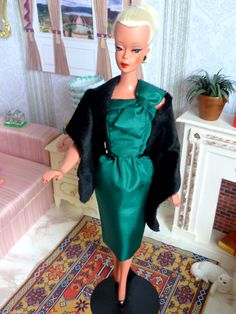 Amazing Lilli Lalka Clone Bild Lilli Doll by Julian with Dress and Stole, full view