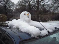 45 vind-ik-leuks, 3 reacties - Jan Hazejager (@janhazejager) op Instagram: 'Was toch even schrikken. #snow #snowfun #snowfall #snowman #sneeuw #sneeuwpret #sneeuwman…'
