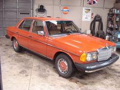 1978 Mercedes-Benz 300-Series (Orange/Palomino)