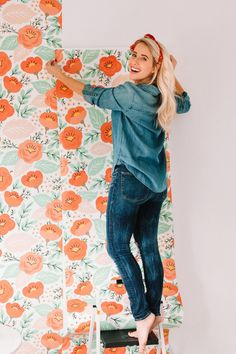 Easy DIY Wallpaper gives a room flair and style for an affordable price - must see - Twist Me Pretty Home Decor Trends, Home Decor Inspiration, Diy Home Decor, Tapestry Headboard, Happy Wife, Happy Husband, Floral Bedroom, Simple Wallpapers, Diy Wallpaper