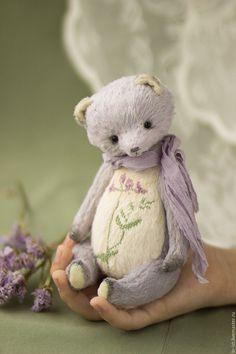 teddy bears by Olga Belozerova Diy Teddy Bear, Custom Teddy Bear, Teddy Bear Gifts, Old Teddy Bears, Teddy Toys, Vintage Teddy Bears, Knitted Animals, Plush Animals, Crochet Teddy