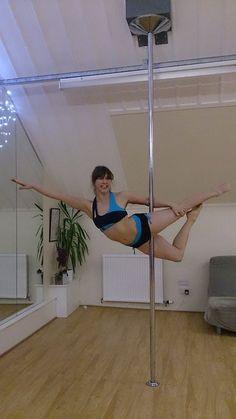 Superman Variation, Superpain, so pretty, pole dance, fitness, Pole Position Scotland, smile through the pain, flexy