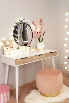 33 Most Popular Makeup Vanity Table Designs 2019 | Page 3 of 7