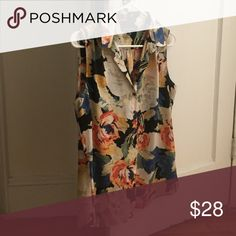 Sleeveless floral blouse Sleeveless floral blouse with collar -- mint condition! Perfect for all season! Cynthia Rowley Tops Blouses
