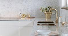 Skultuna - Haus How to Crafts Marble Kitchen Interior, Kitchen Furniture, Brass Kitchen, Kitchen Grey, Kitchen Faucets, Kitchen Modern, Scandinavian Interior Design, Scandinavian Kitchen, Classical Kitchen