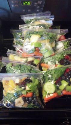 Kale smoothie kit. Packed with antioxidants, vitamins, and protein. This is an easy way to organize your juices for the week. Just put the fruits and veggies in an air tight ziplock bag and store them in the freezer until you're ready to juice.