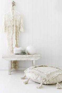 The White Album, Oasis, Branding Kit, Meraki, Natural Texture, Delicate, Pastel, Instagram, Simple