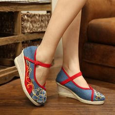 women embroidered national cotton made casual shoes old beijing vintage embroided bridal shoes Chinese traditional wedding shoes-inWomen's Casual Shoes from Shoes on Aliexpress.com | Alibaba Group