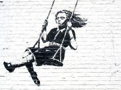 Banksy y el graffiti. Graffiti Art, Street Art Banksy, Farm Rio, Banksy Artist, Banksy Stencil, Bansky, Outdoor Art, Street Artists, Urban Art
