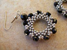 Beaded earring. Lorelai's Beads: VégigRAWaszkodott weekend
