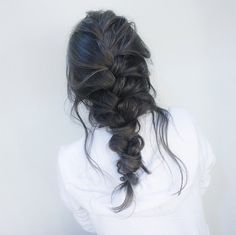 50 French Braid Hairstyles French braid hairstyles have been around for as far back as we can remember. Throughout the years, they have been constantly trending, thanks to their aesthetic value and practical benefits. You can wear one. French Braid Hairstyles, Pretty Hairstyles, Black Hairstyles, Men Hairstyles, Natural Hairstyles, Loose Braid Hairstyles, College Hairstyles, Loose Braids, Hairstyles Pictures