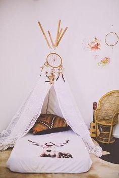 Children's room - Tipi - Jojo's Room Baby/Guest room guest must sleep in teepee