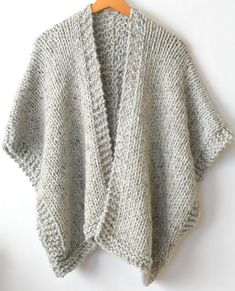 It doesn't get comfier or warmer than this cozy, beginner friendly knit kimono. Made with super bulky yarn and large needles, it works up fairly quickly and is a dream to wear on cold days. Knit Kit - Telluride Easy Knit Kimono in Easy Knitting Patterns, Knitting Kits, Loom Knitting, Free Knitting, Crochet Patterns, Shrug Knitting Pattern, Easy Knitting Projects, Knitting Ideas, Knitting Stitches