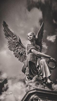 Greek Statues, Angel Statues, Angel Sculpture, Sculpture Art, Sculptures, Tattoo Arm Mann, Greek Mythology Art, Bild Tattoos, Black Aesthetic Wallpaper