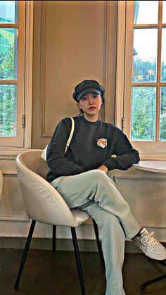 Kim Yerim, Galaxy Wallpaper, Seulgi, Chara, Kpop Girls, Red Velvet, Baddies, Editor, Instagram